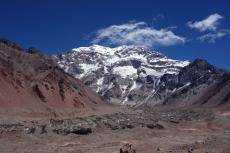 South Face and Glaciar (3900m)